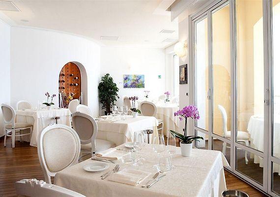 HOTEL AL SARACENO, VARIGOTTI *****